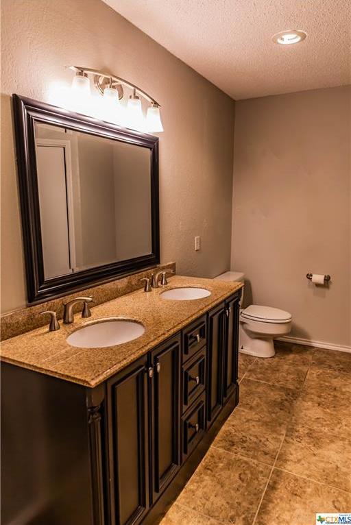 Sold Property | 9 Shannon Court  Cuero, TX 77954 15