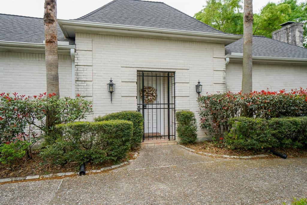 OPEN HOUSE, SPRING SHADOWS, HOUSTON HOUSE HUNTING, SPRING BRANCH | 2926 Manila Lane Houston, Texas 77043 3