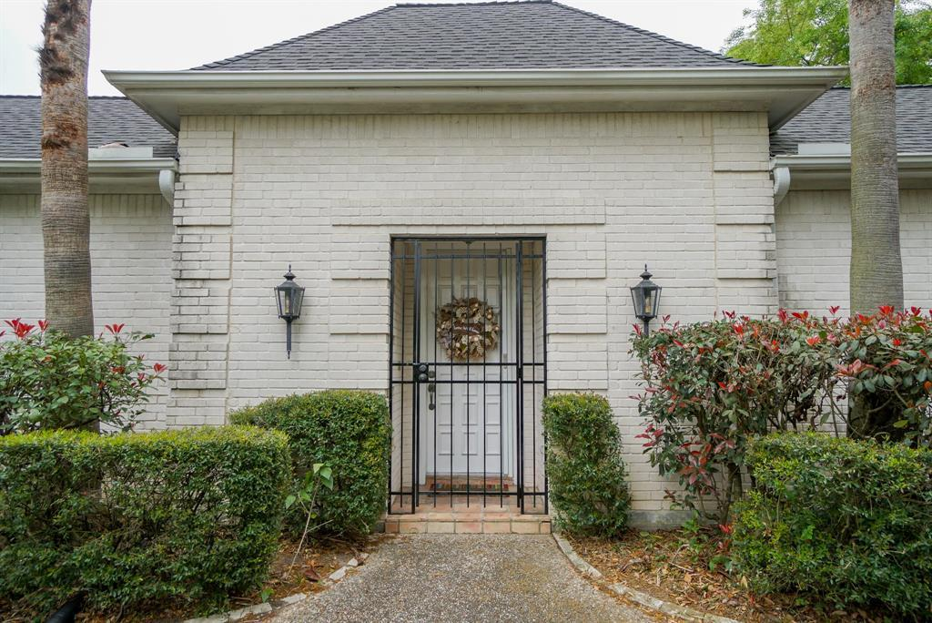 OPEN HOUSE, SPRING SHADOWS, HOUSTON HOUSE HUNTING, SPRING BRANCH | 2926 Manila Lane Houston, Texas 77043 4