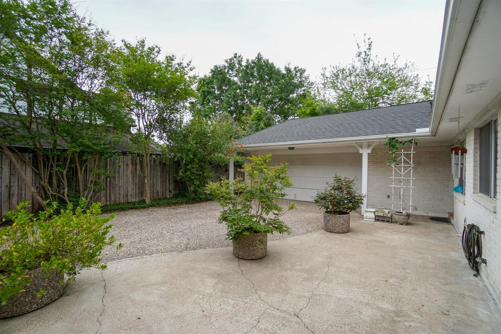 OPEN HOUSE, SPRING SHADOWS, HOUSTON HOUSE HUNTING, SPRING BRANCH | 2926 Manila Lane Houston, Texas 77043 32