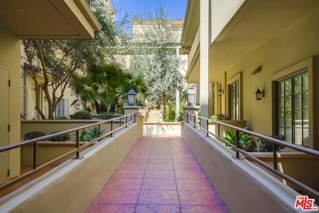 Closed | 851 N SAN VICENTE  Boulevard #206 West Hollywood, CA 90069 22