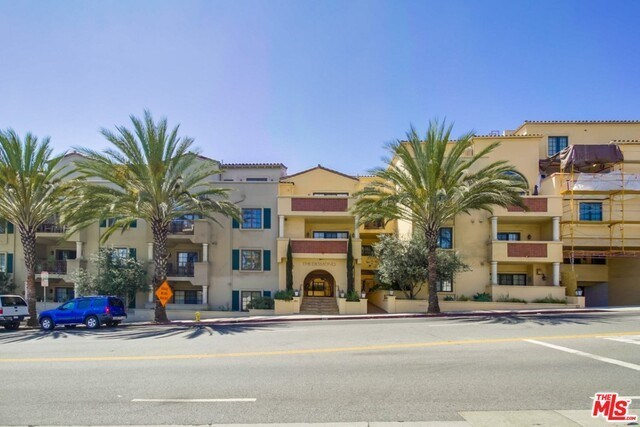 Closed | 851 N SAN VICENTE  Boulevard #206 West Hollywood, CA 90069 23