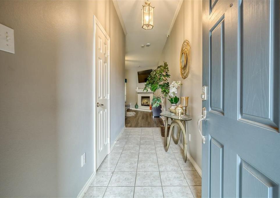 Sold Property | 5807 Lorenzo Drive Grand Prairie, Texas 75052 2