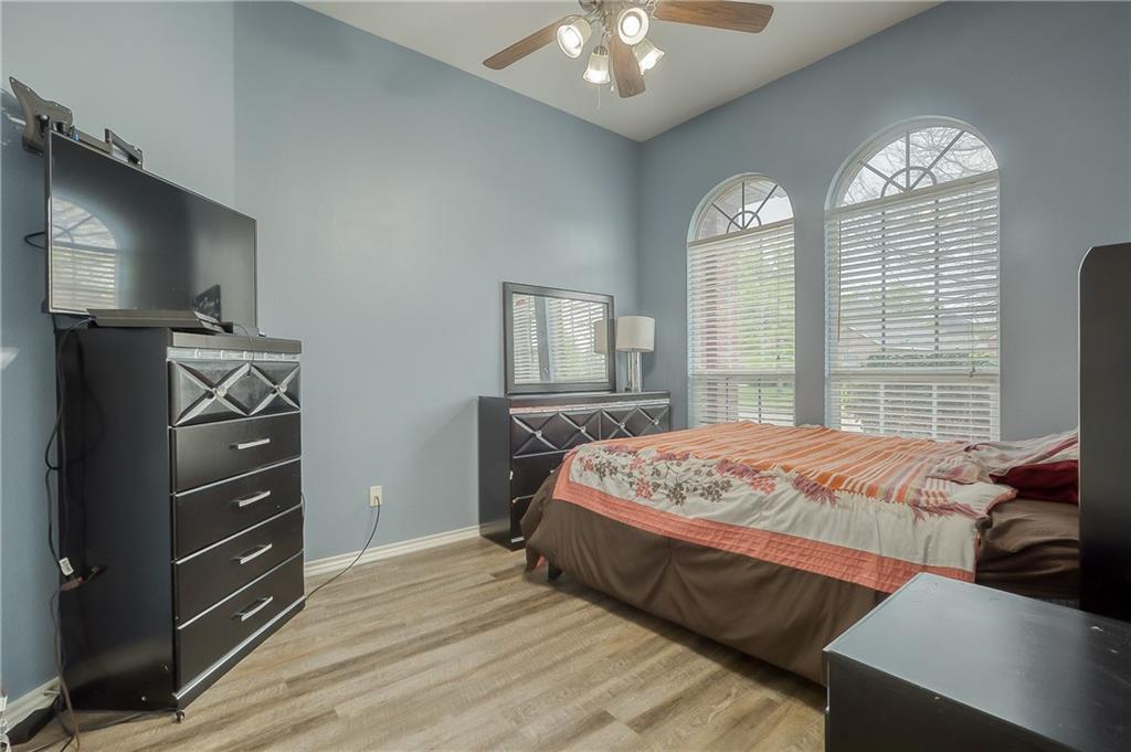 Sold Property | 5807 Lorenzo Drive Grand Prairie, Texas 75052 13