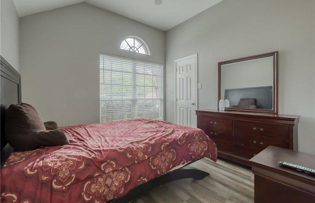 Sold Property | 5807 Lorenzo Drive Grand Prairie, Texas 75052 14