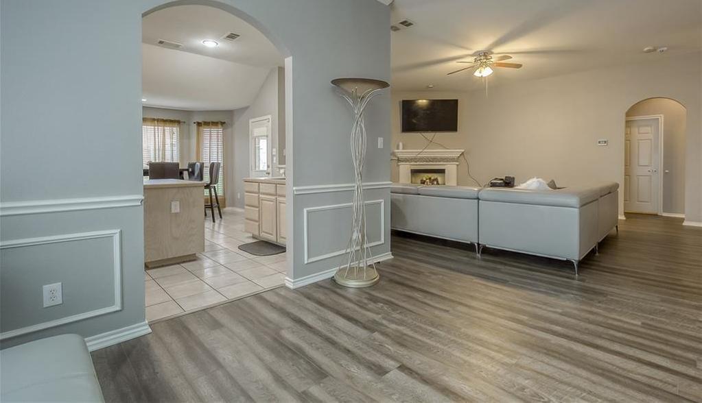 Sold Property | 5807 Lorenzo Drive Grand Prairie, Texas 75052 5