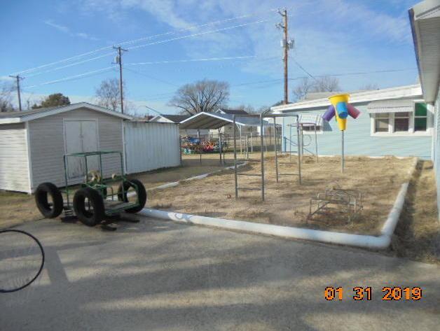 Active | 202 S Walnut Street Commerce, OK 74339 25