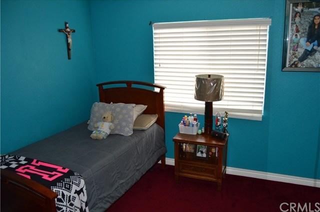 Closed | 11677 Blue Jay Lane Fontana, CA 92337 6