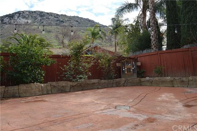 Closed | 11677 Blue Jay Lane Fontana, CA 92337 12