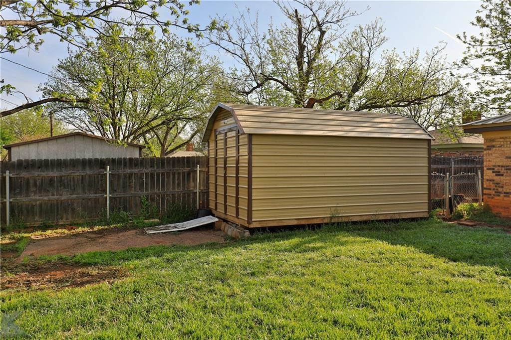 Sold Property   2326 Greenbriar Drive Abilene, Texas 79605 34