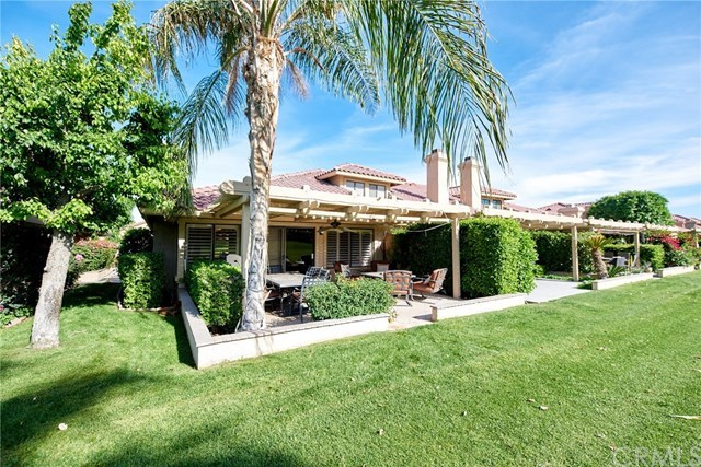Closed | 41449 Woodhaven Drive Palm Desert, CA 92211 4