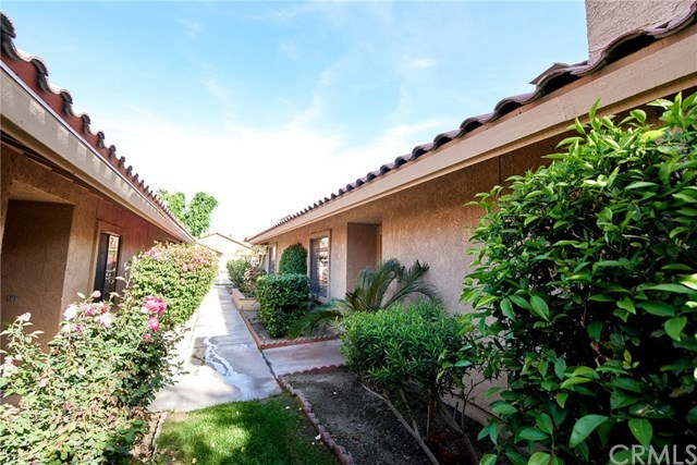 Closed | 41449 Woodhaven Drive Palm Desert, CA 92211 34