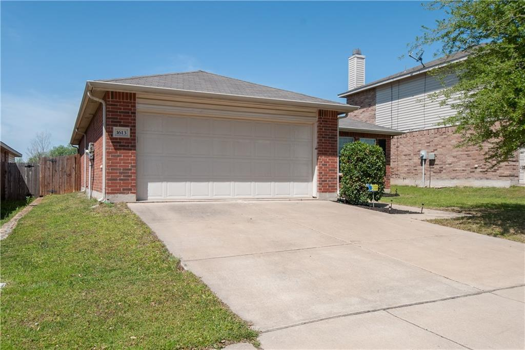 Sold Property | 1613 Thorntree Lane Fort Worth, Texas 76247 1