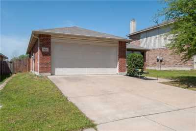 Sold Property   1613 Thorntree Lane Fort Worth, Texas 76247 1