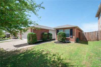 Sold Property   1613 Thorntree Lane Fort Worth, Texas 76247 2
