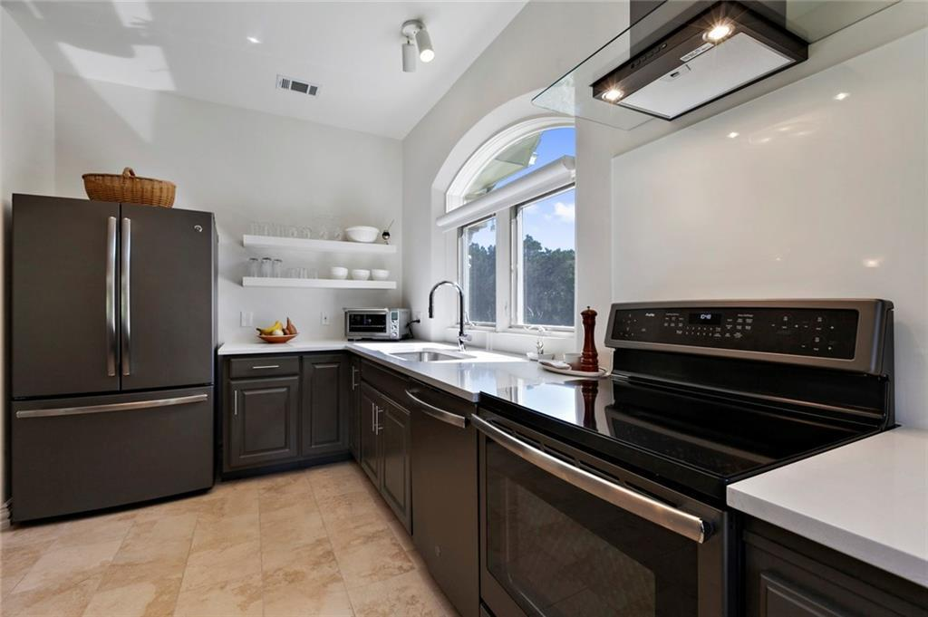 Active | 16301 Sweetwood Trail Austin, TX 78737 8