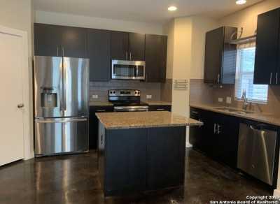 Property for Rent | 913 OGDEN ST  San Antonio, TX 78212 3