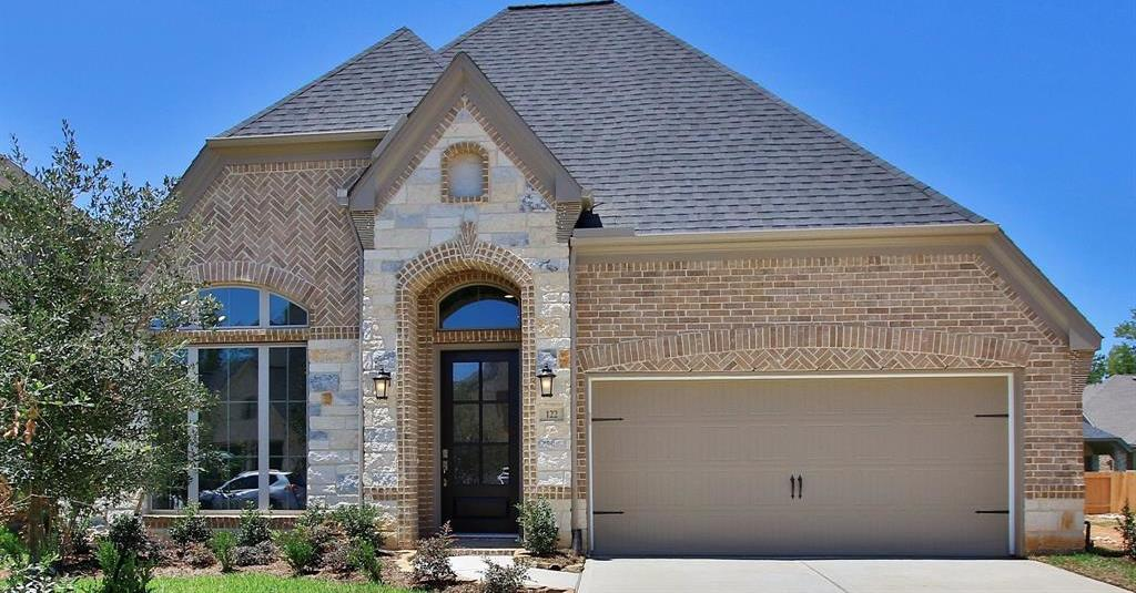 Active | 122 South Carson Cub Court Montgomery, TX 77316 0