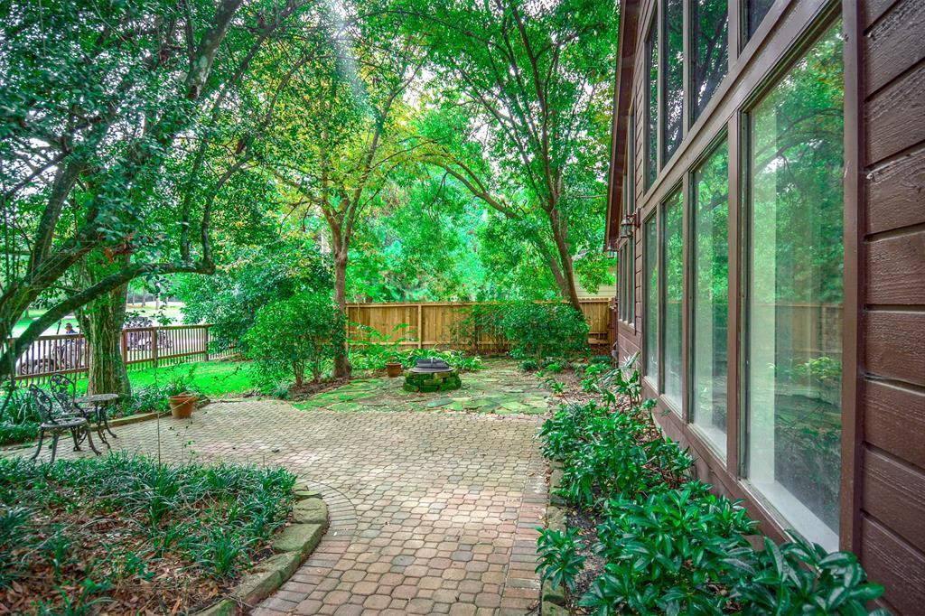 Active | 2014 Wind Creek Drive Kingwood, TX 77345 45