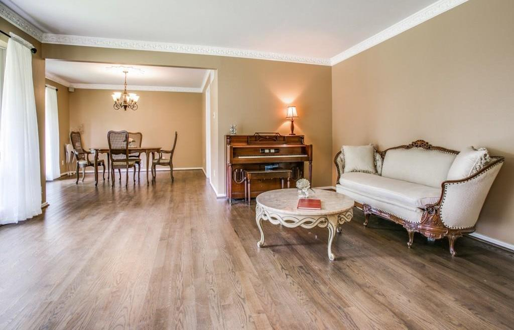 Sold Property | 7111 Greenbrook Lane Dallas, Texas 75214 5