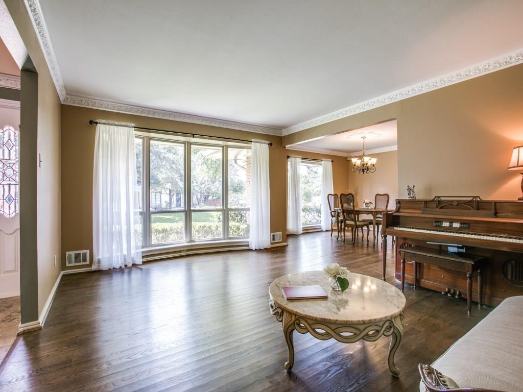 Sold Property | 7111 Greenbrook Lane Dallas, Texas 75214 7