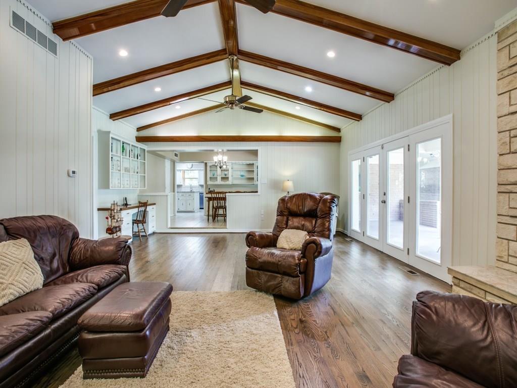 Sold Property | 7111 Greenbrook Lane Dallas, Texas 75214 10