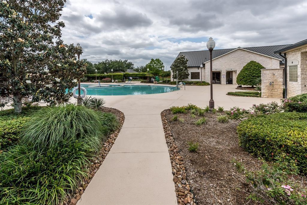 55 plus active community, Gated Seniors Community, Live the Good Life, Heritage Grand Katy, Texas | 5118 Sandyfields Lane Katy, Texas 77494 40
