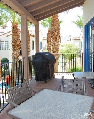 Closed   48652 Legacy Drive La Quinta, CA 92253 33