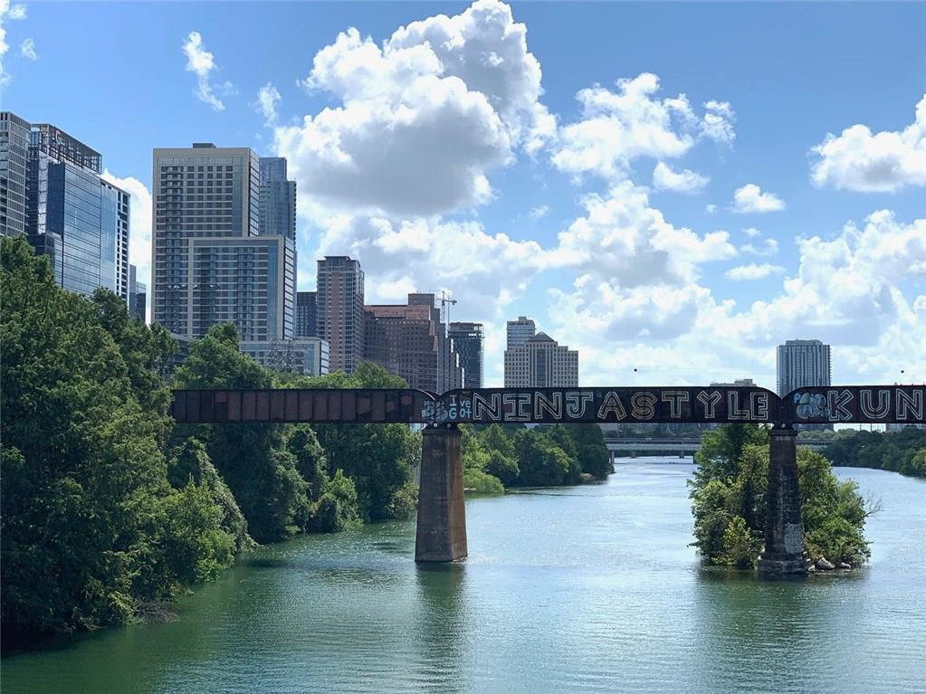 Active   900 S 2nd  Street Austin, TX 78704 17