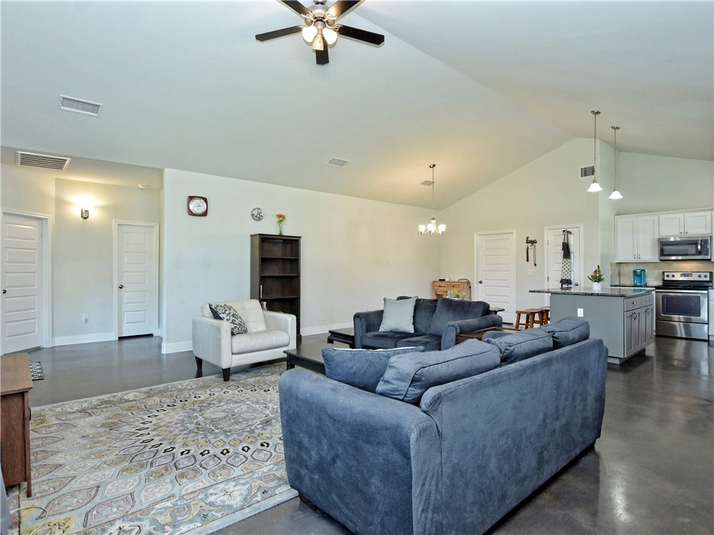 Sold Property   111 Ninole CT Bastrop, TX 78602 8