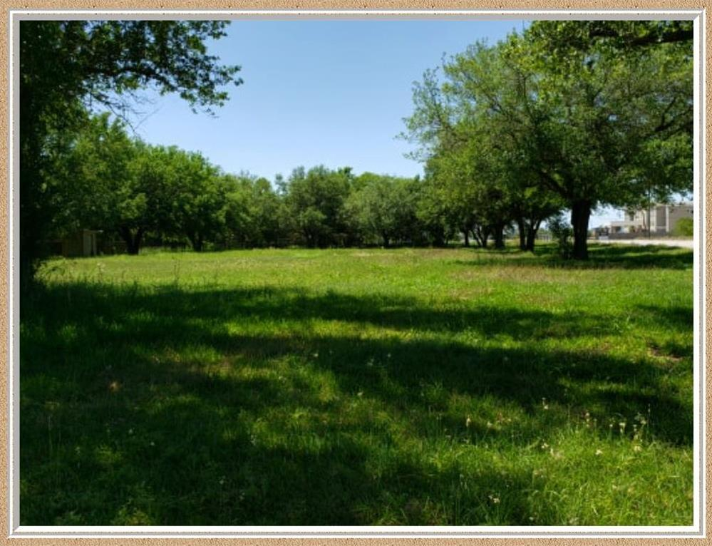 Active   612 7th Street Bay City, TX 77414 1