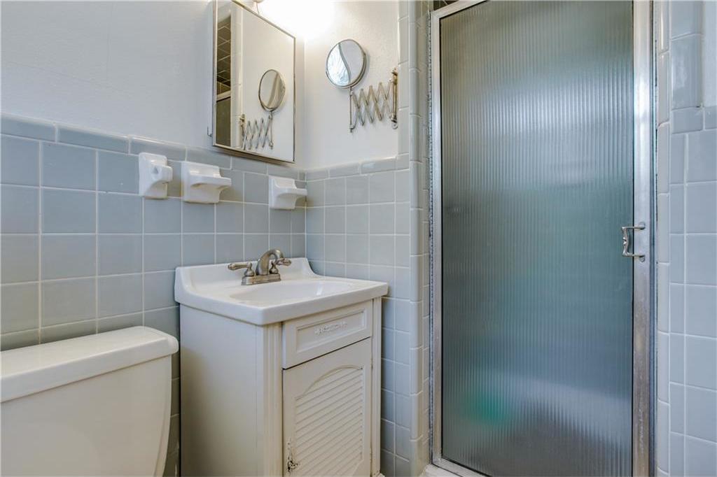 Sold Property | 7016 Irongate Lane Dallas, Texas 75214 16