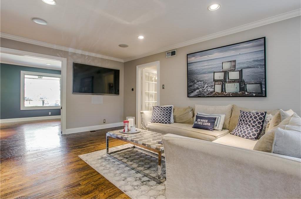 Sold Property | 7016 Irongate Lane Dallas, Texas 75214 4
