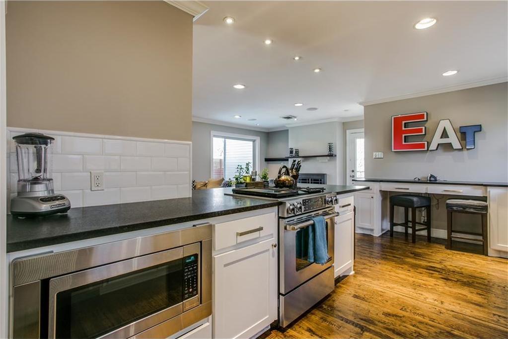 Sold Property | 7016 Irongate Lane Dallas, Texas 75214 9
