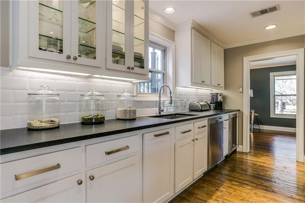 Sold Property | 7016 Irongate Lane Dallas, Texas 75214 10