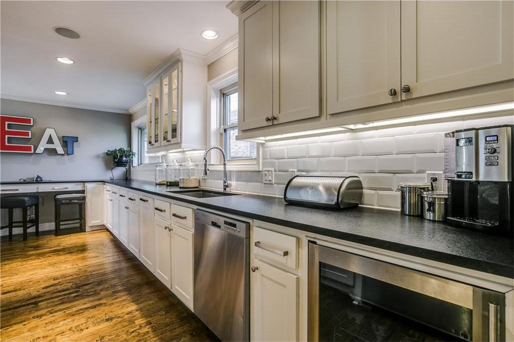 Sold Property | 7016 Irongate Lane Dallas, Texas 75214 11