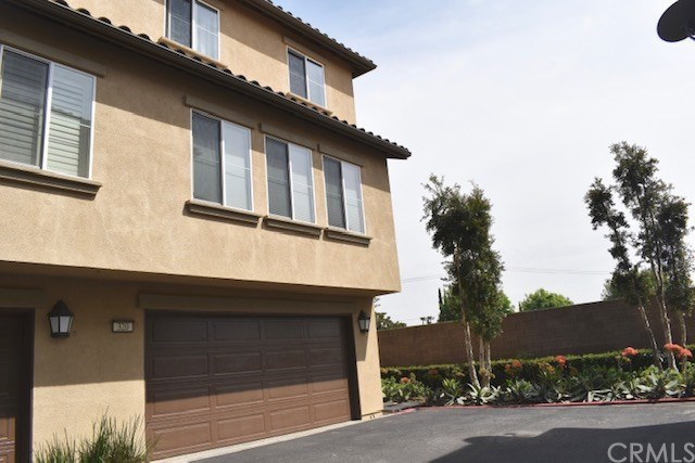 Closed | 320 W Linden Drive Orange, CA 92865 18