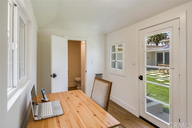 Closed | 334 Camino De Las Colinas Redondo Beach, CA 90277 29