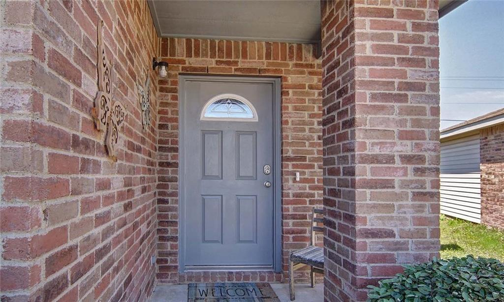 Sold Property | 5005 Village Stone Court Fort Worth, Texas 76179 4