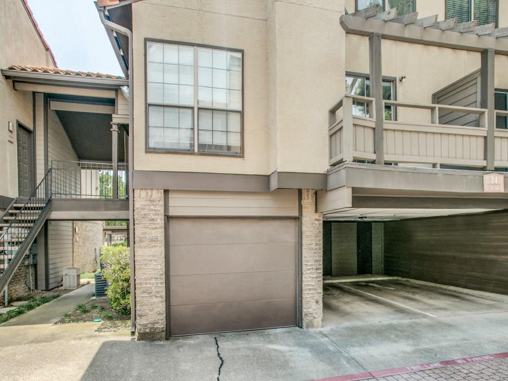 Sold Property | 5757 E University Boulevard #24A Dallas, Texas 75206 2