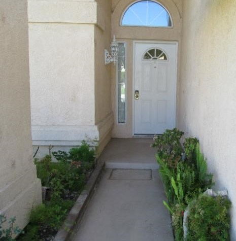 Closed | 5326 Riviera Avenue Banning, CA 92220 2