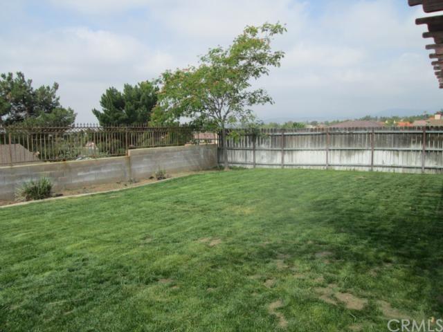 Closed | 2295 Briarwood Court San Bernardino, CA 92407 28