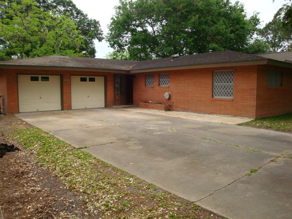 Off Market   1613 Highland Drive Bay City, Texas 77414 28