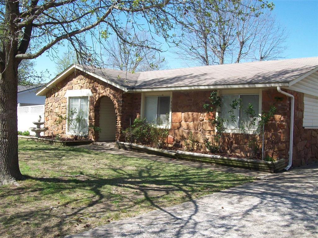 Off Market | 1808 Surrey Drive Pryor, Oklahoma 74361 0