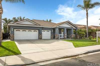 7131 Rivertrails Drive Eastvale, CA 91752 | 7131 Rivertrails Drive Eastvale, CA 91752 3