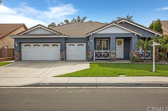 7131 Rivertrails Drive Eastvale, CA 91752 | 7131 Rivertrails Drive Eastvale, CA 91752 4
