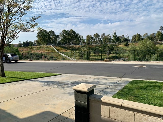 Closed | 927 Monarch Court Beaumont, CA 92223 4