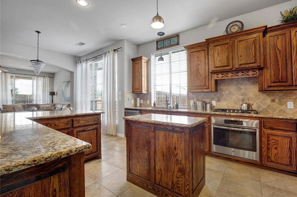 Housed Real Estate | 981 Club Oak Court Prosper, Texas 75078 10