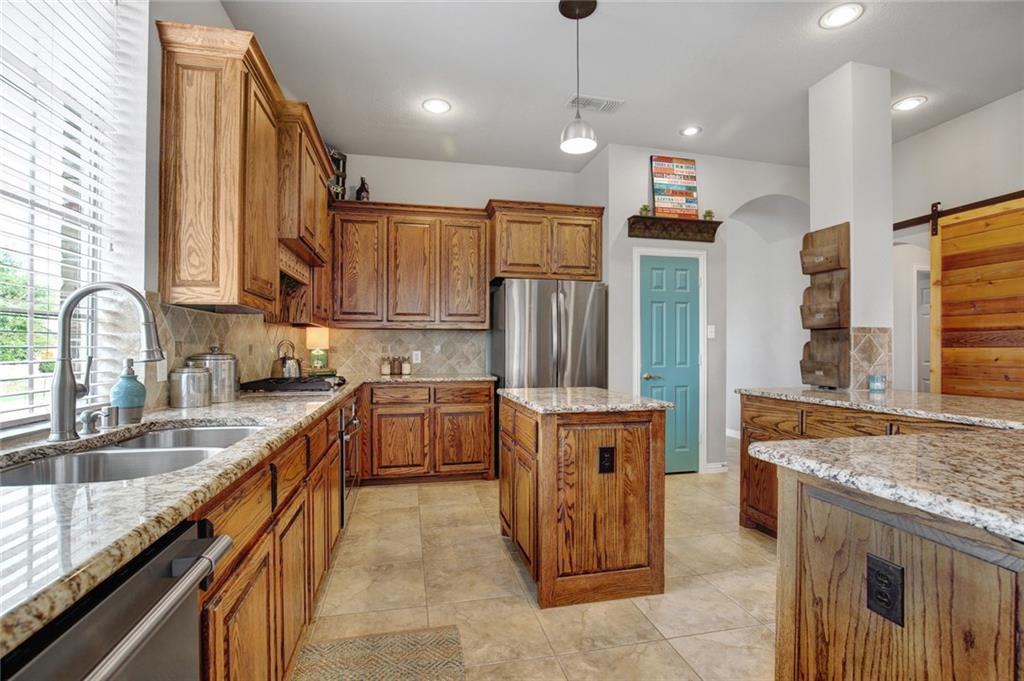 Housed Real Estate | 981 Club Oak Court Prosper, Texas 75078 11