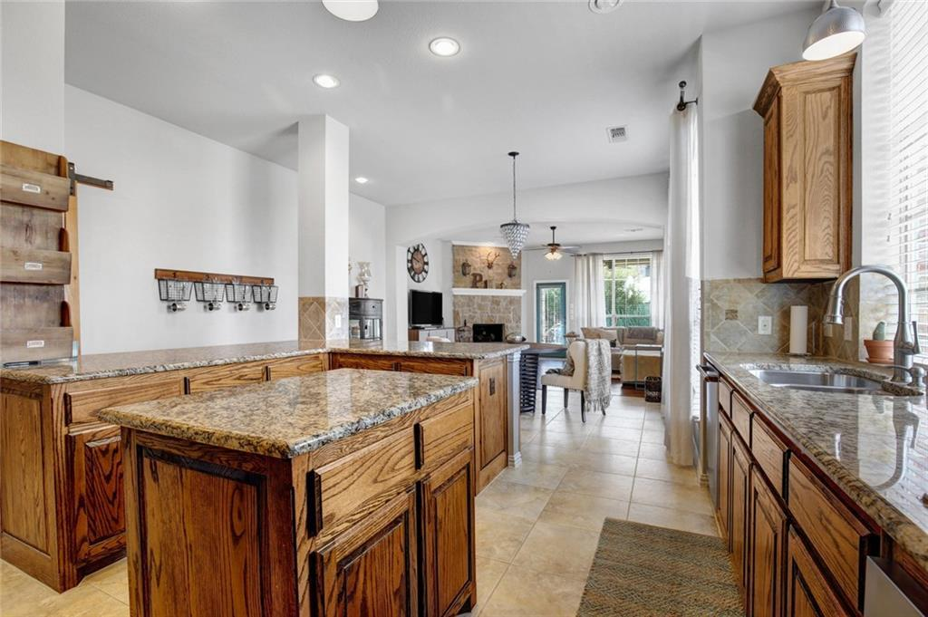 Housed Real Estate | 981 Club Oak Court Prosper, Texas 75078 12